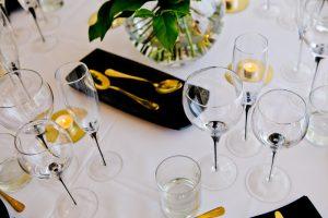 black-teardrop-glassware-to-hire (8)
