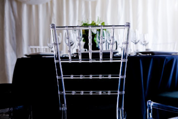 crystal-chiavari-chairs-to-hire (9)