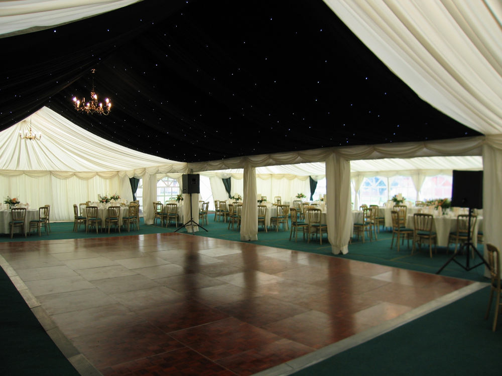 Cameo marquee to hire