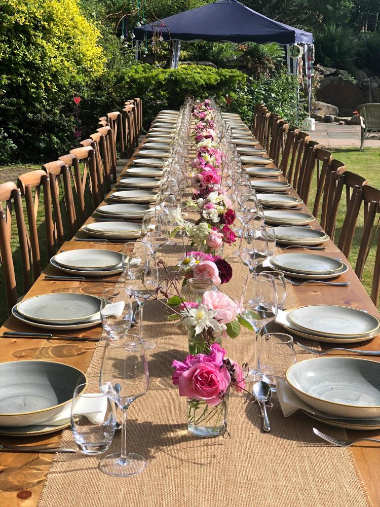 Garden-table-hire-1000